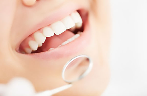 Cosmetic Concerns That Teeth Whitening Can Address